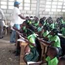 Escuelas sin cólera y con derechos